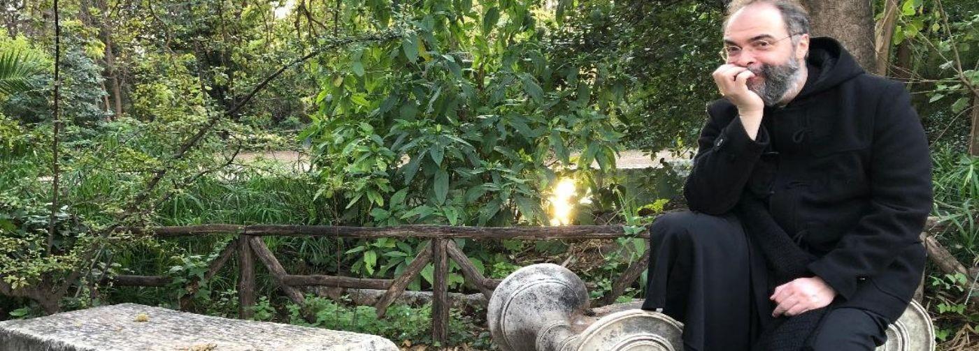«Больно читать осуждение и сплетни» — священник Дионисий Костомаров о реакции на решение архимандрита Андрея (Конаноса)