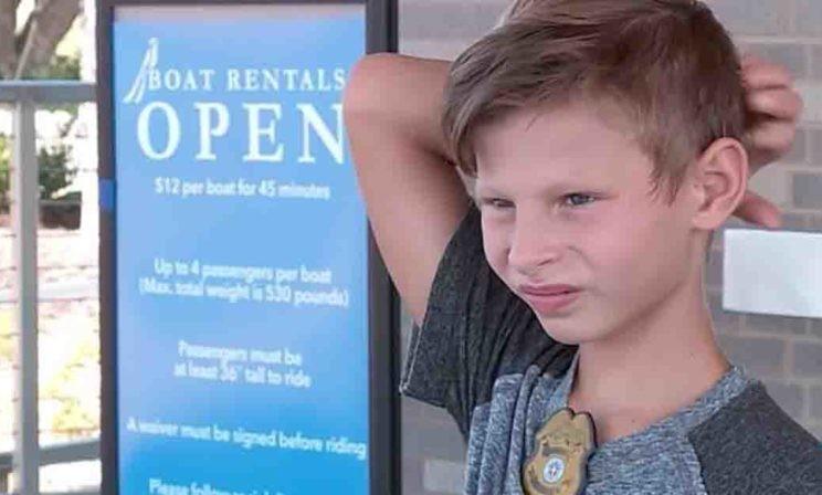 Мальчик записал видео о том, как ему нужны родители. Через 12 часов 5 тысяч человек захотели его усыновить
