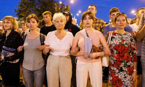 Бесцветная революция. Писатель Андрей Жвалевский — о протестах в Беларуси