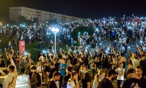 «Это закончится, а людям потом рядом жить». Протоиерей Евгений Грамыко — о протестах и христианской позиции