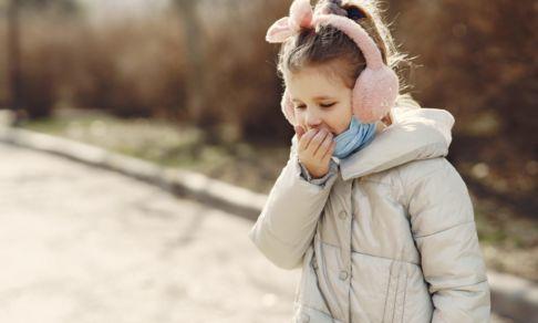 После ОРВИ ребенок кашляет уже месяц. Что делать