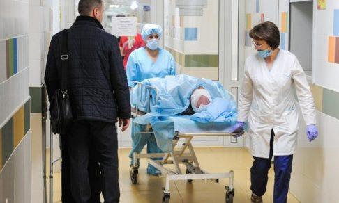 Больные с ковидом стали реже попадать в реанимацию — так ли это?