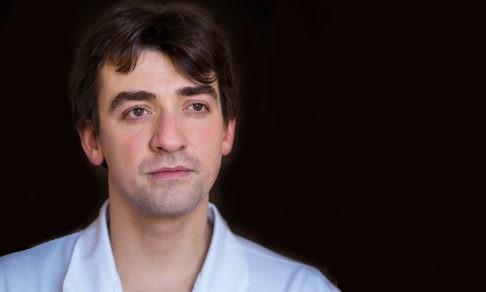 Нейрохирург Алексей Кащеев — о риске на операции, харассменте и рождении сына