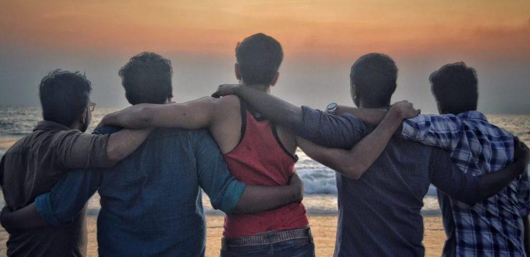 Кого родители любят больше? Почему старшие братья и сестры чаще становятся топ-менеджерами, а младшие — писателями