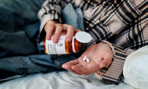 Врач назначил антибиотики при ковиде. Как их правильно принимать?
