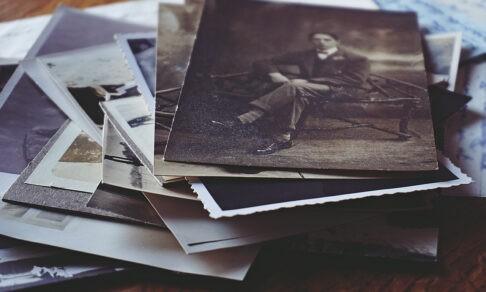 «Бабушка что-то рассказывала, но уже я ничего не помню». Как собрать родословную семьи своими руками