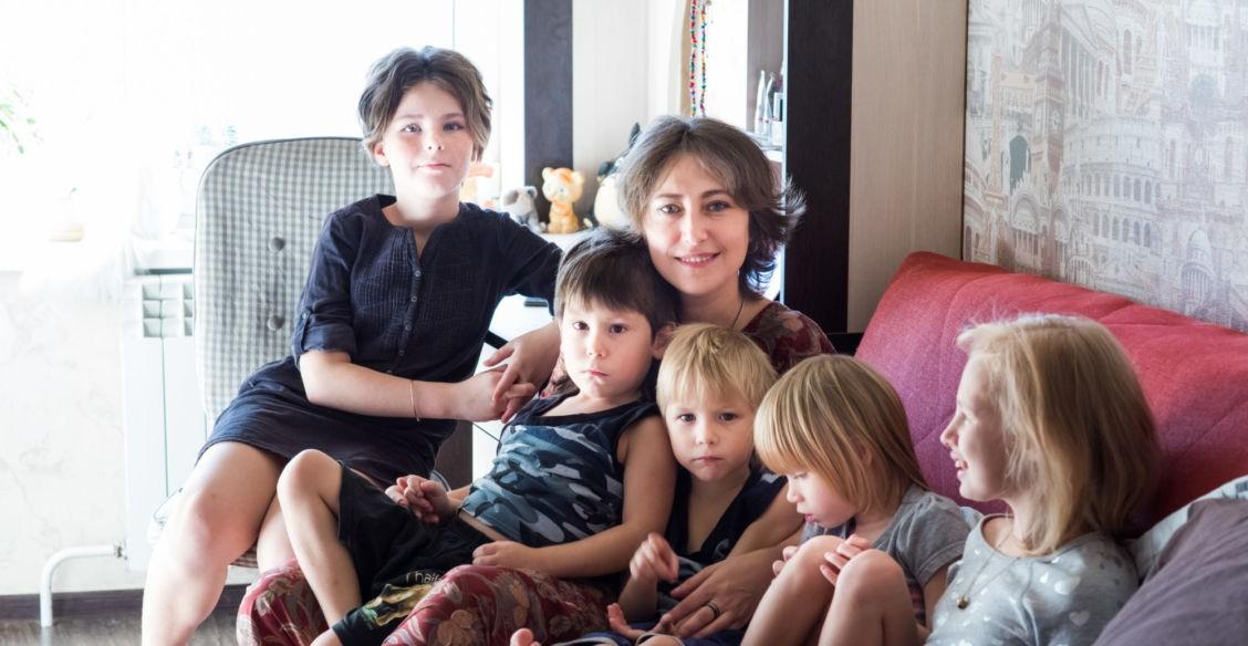 Новый дом Олеси. Как живет многодетная мама из Владивостока