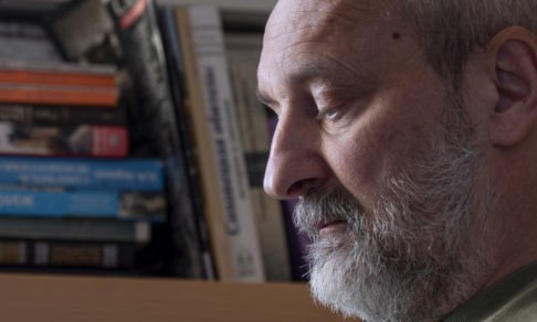 «Небо отнять невозможно». Священник Вячеслав Перевезенцев — об онкологии, науке утешения и жизни без будущего
