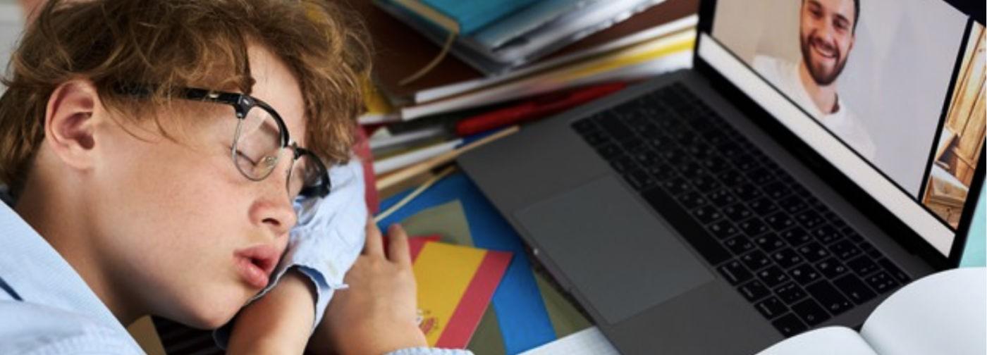 Учитель — «говорящая голова» на экране, а дети устали. Директор школы Ефим Рачевский — о проблемах дистанта