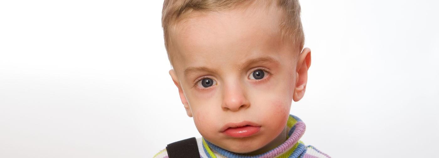 Игорь болен, но ему не могут поставить диагноз. Бессильны даже родители — невролог и хирург
