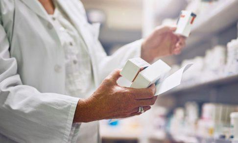 В России возник катастрофический дефицит почти 30 основных онкопрепаратов. Что спасет жизни больных