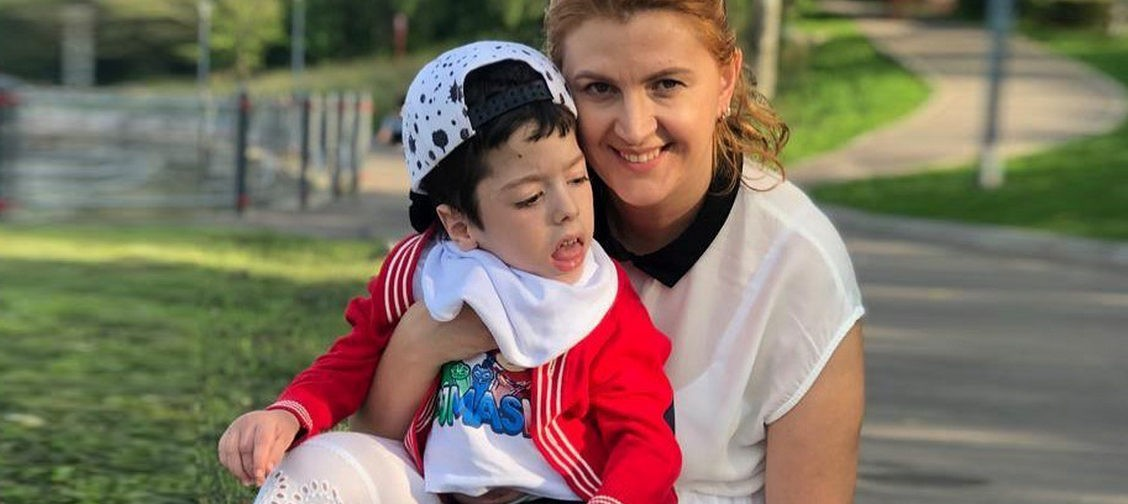 «Даня со мной попрощался». Мама мальчика с ДЦП — об утрате, любви и деле жизни