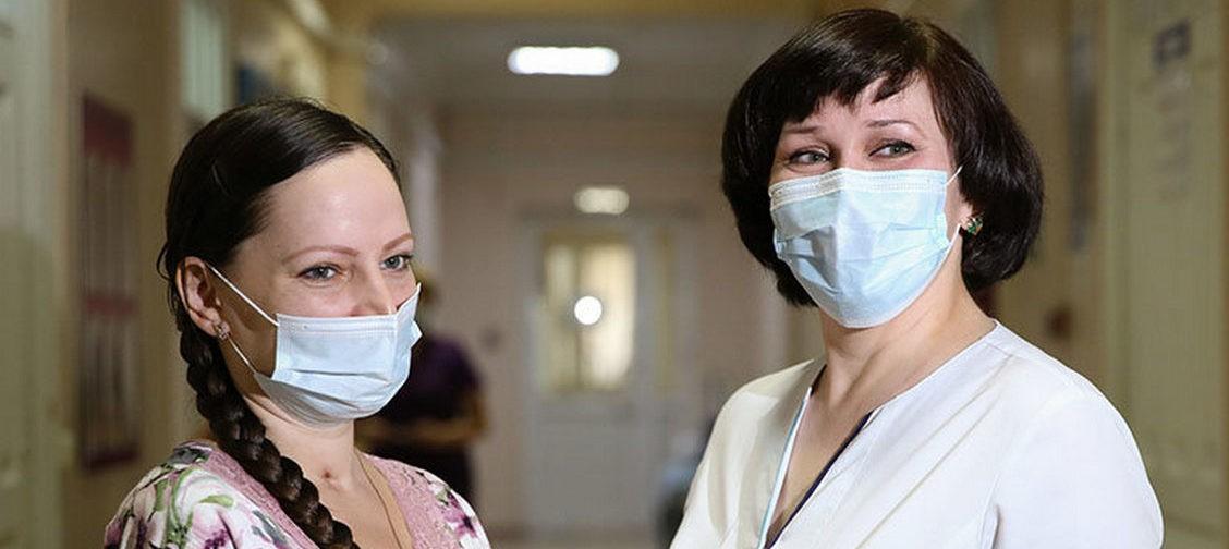 Врачи спасли беременную пациентку со 100% поражением легких. 51 день она провела в реанимации