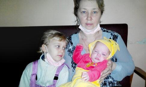«Верните ее в детдом — такие дети до 12 лет не доживают!» Но Маша осталась в семье
