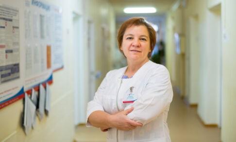 «Давление критическое — сажайте самолет!» Хирург-гинеколог — о работе в санавиации и страхе в операционной