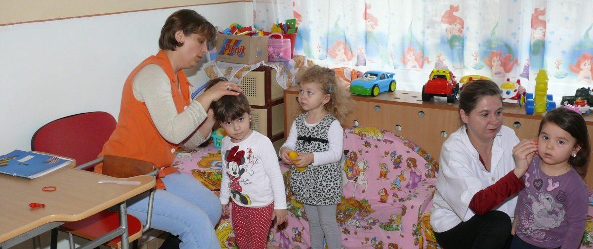 «Конфеты с коньяком сдать воспитателям!» Детский сад вышел с каникул