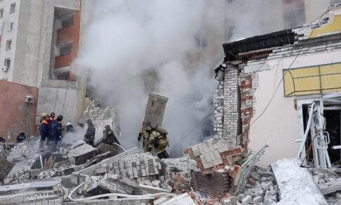 Взрыв в жилом доме в Нижнем Новгороде. Под завалами оказалась пострадавшая