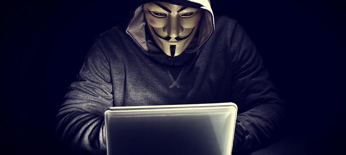 «Люди чаще оскорбляют меня, чем желают смерти». Геймеры анонимно и честно — об агрессии в сети
