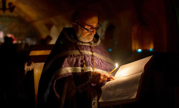 Как живет православный храм в пандемию. Фотоистория