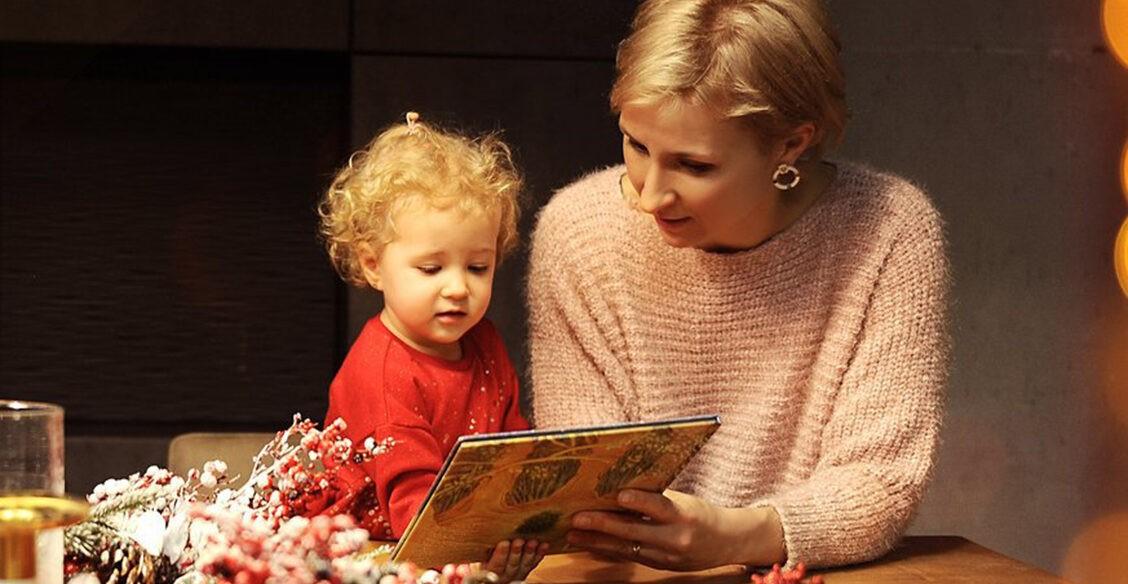 «Дочь не слышит, что я ее люблю». Почему глухим детям не разрешают говорить на жестовом языке