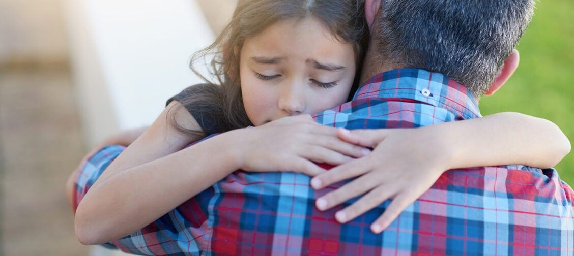 «Дай сдачи!», «Разберитесь сами» и другие ошибки родителей в детских конфликтах