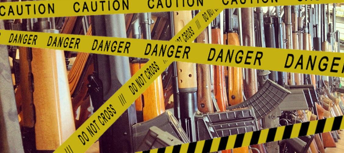 После расстрела школы в Казани хотят ужесточить оборот оружия. Это предотвратит новые трагедии?
