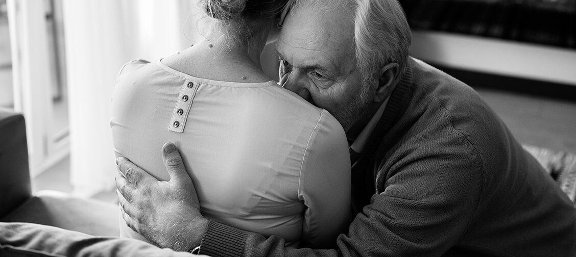 «Надо жить ради детей» и еще 5 фраз, которые не хотят слышать люди после утраты
