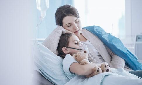 """""""Мальчик, у тебя опухоль, ну все, иди домой"""" - как нельзя говорить с детьми о болезни"""