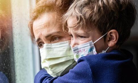 «Ковид послан нам за грехи, зачем тогда прививка?» И еще 5 мифов о вакцинации