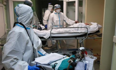 «Я привился от ковида и заболел, а потом изучил свой вирус в лаборатории». Врач Александр Соловьев