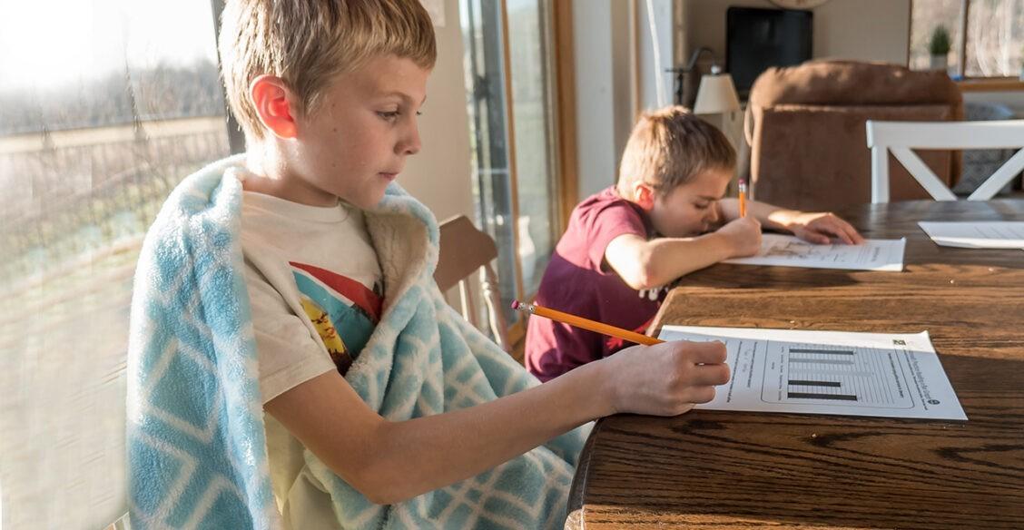 «А может, ну ее, эту школу?» 6 проблем семейного образования