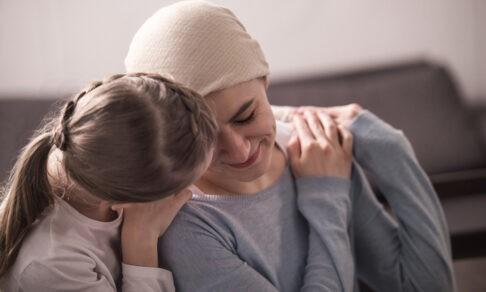 «Мама заболела раком, когда мне было 15»