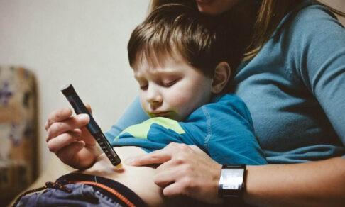 «Врачам запретили выписывать лекарства». Родители детей с диабетом не могут добиться инсулина