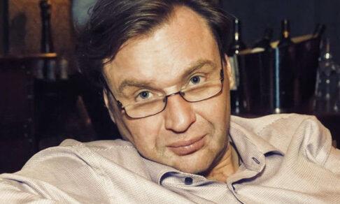 """«В """"Норд-Осте"""" я себя порушил». Врач-психиатр Глеб Певцов провел три дня с родственниками заложников"""