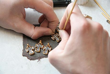 Нательные кресты своими руками