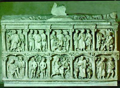 Композиция на саркофаге Юния Басса (359 г., Музеи Ватикана)