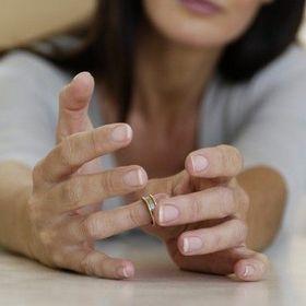 Можно ли развенчаться с бывшим супругом?