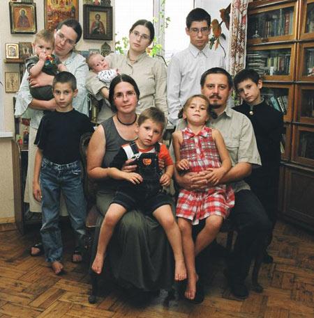 Домашние роды: неоправданный риск или правильная мода, Православие и мир